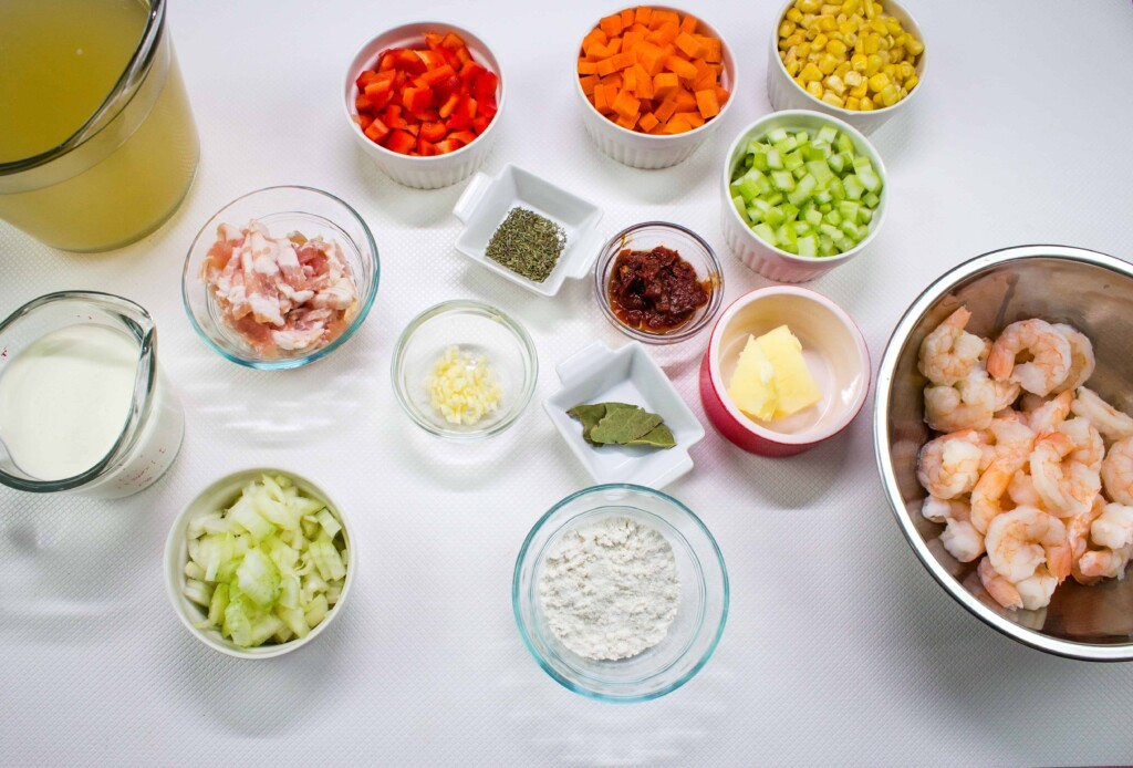 ingredients to make shrimp & corn chowder with chipotle