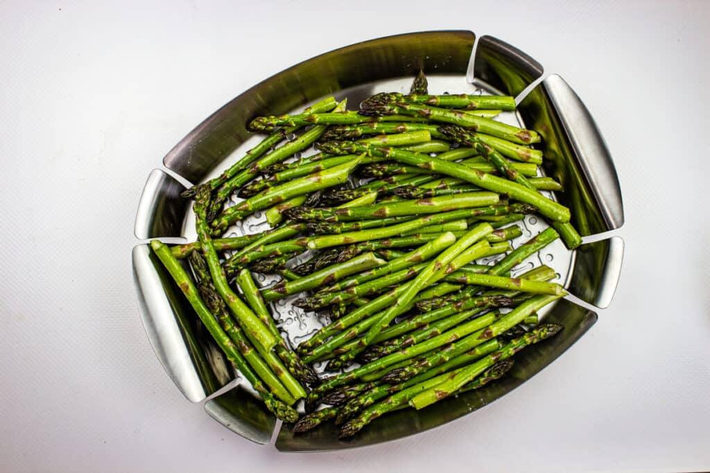 asparagus on a grill pan