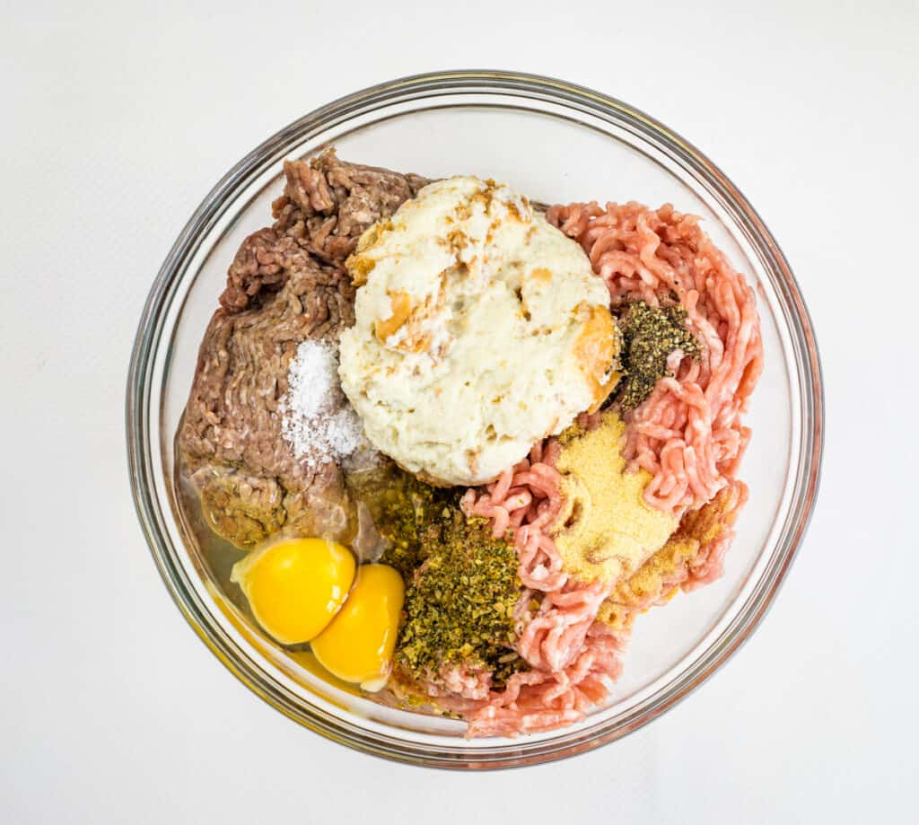 everything in a bowl to make smoked meatballs